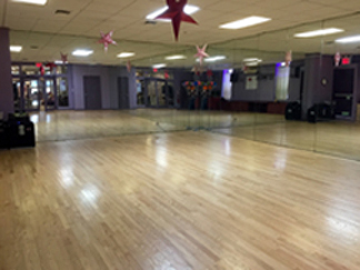Dance Studio Rental Space NYC for Auditions & Rehearsals in Manhattan - You Should Be Dancing...! Studio 4B