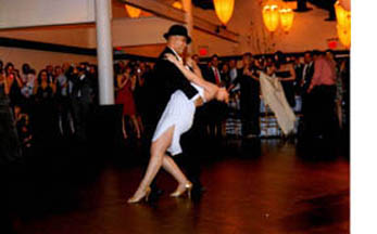Dance Lessons for Wedding Couples--Wedding First Dance Lessons NYC: Private or Group Lessons for Wedding Couple's First Dance at Dance Manhattan dance Studio NYC, also offering Couples One-Day Crash Courses!